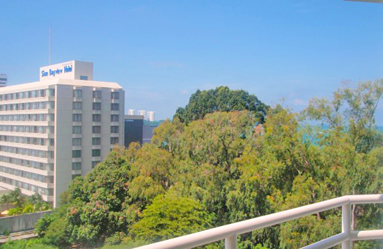 View Talay 6 condo rental on Pattaya beach road with sea view.